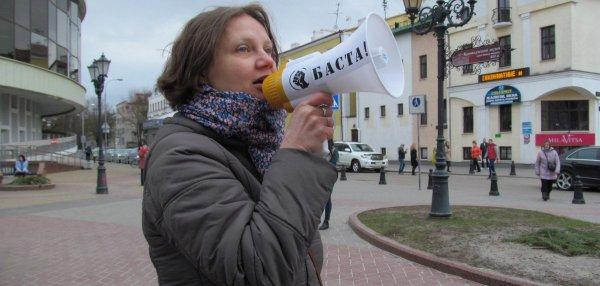 Сегодня в Бресте начнётся суд над активисткой Полиной Шарендой-Панасюк