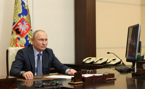 Путин ответил на вопрос американского журналиста, считает ли он себя убийцей