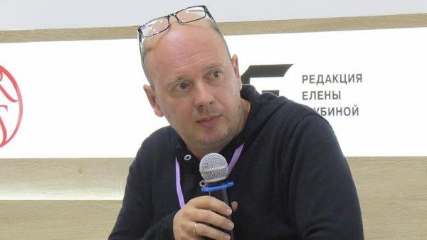 От коронавируса умер латвийский писатель Слава Сэ