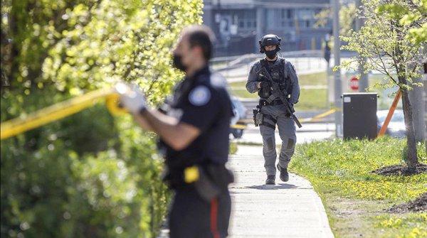 При стрельбе на детском празднике в Торонто пострадало три ребёнка