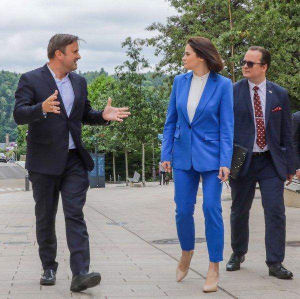 Четвёртый пакет санкций, помощь гражданскому обществу и одобрение секторальных санкций: Итоги визита Тихановской в Люксембург