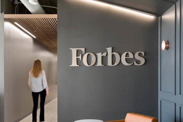 Forbes: у компаний, которые попали под санкции, будут проблемы с банками