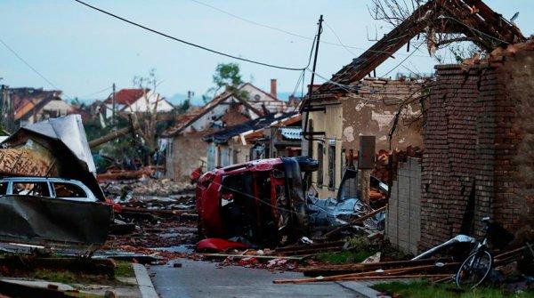 Торнадо в Чехии унесло жизни трёх человек, десть в тяжёлом состоянии