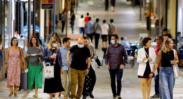 С 26 июня в Испании разрешили не носить маски