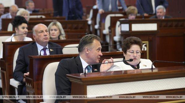 Ежемесячные потери авиаотрасли Беларуси из-за санкций оценили на уровне $10,3 млн