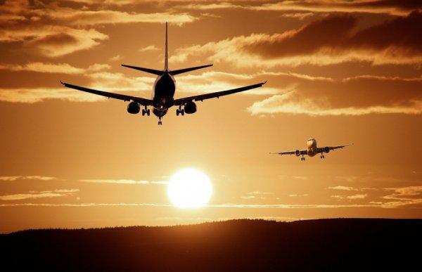 Самолет из Чехии совершил экстренную посадку в Хорватии из-за угрозы взрыва