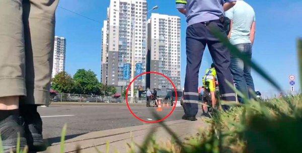 В Минске на соревнованиях по триатлону задержано три  велосипедиста