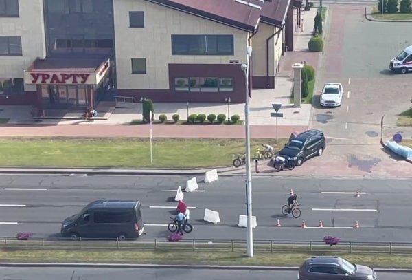 Задержанные 26 июня участники соревнований по триатлону находятся на Окрестина