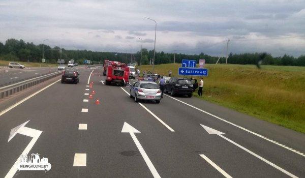 На трассе Минск-Гродно произошло серьёзное ДТП