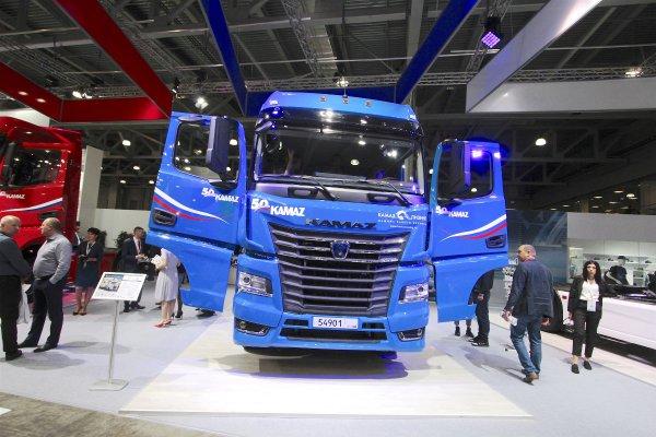 КАМАЗ показал новый грузовик с кабиной семейства К5