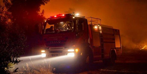 Жертвами самого мощного пожара в истории Кипра уже стали четыре человека