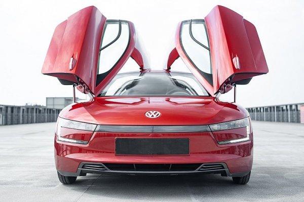 Сверхэкономичный VW XL1 продают за 40 тысяч евро, который потребляет 1 литр топлива на 100 км