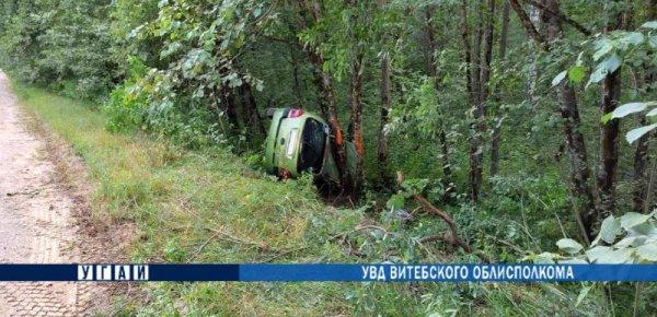 В Докшицком районе перевернулся Renault — погибла водитель