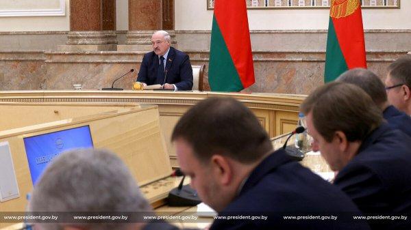 Лукашенко обвинил Польшу в оккупации Беларуси