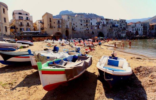 На Сицилии зафиксирован температурный рекорд 48,8°С