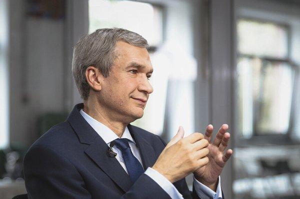 Латушко призвал белорусских дипломатов создать подпольное движение сопротивления