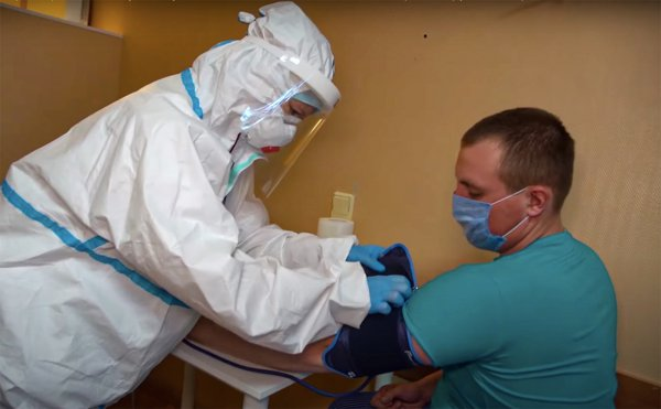 В Рогачёве продолжается выездная вакцинация населения