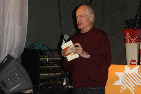 На 74-м году жизни умер известный белорусский поэт Алесь Рязанов