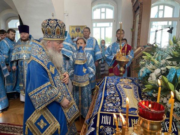 Сегодня православные верующие отмечают Успение Пресвятой Богородицы