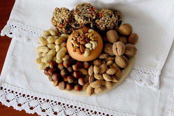 Православные белорусы сегодня празднуют ореховый спас