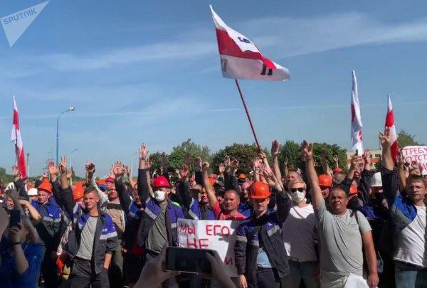 В Беларуси арестовано не менее 14 рабочих крупных белорусских предприятий